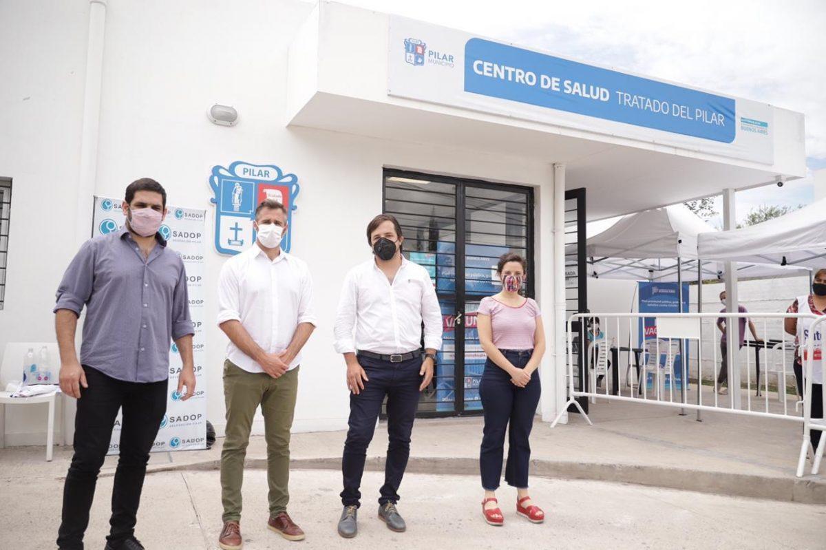 Achával y Kreplak, juntos en una nueva jornada de vacunación a docentes de Pilar